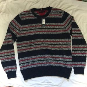NWT Tommy Hilfiger sweater